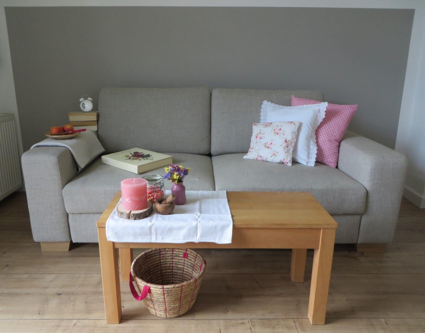 couch surfing durch die wohnstile 1 landhaus mein. Black Bedroom Furniture Sets. Home Design Ideas